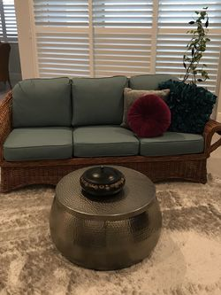 Vintage Wicker Sofa for Sale in Orlando,  FL