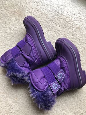 Girls , purple, snow/ rain, boots, size 5/6 for Sale in Vancouver, WA