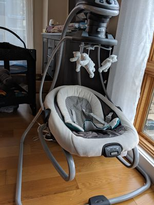 Graco Duetsoothe baby swing for Sale in Brooklyn, NY