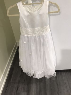 Flower girl dress size 7 8 for Sale in Chicago, IL