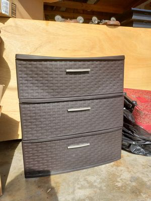 3 plastic drawers for Sale in Montclair, CA