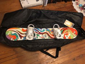 Roxy ally snowboard with burton bindings for Sale in Telford, PA