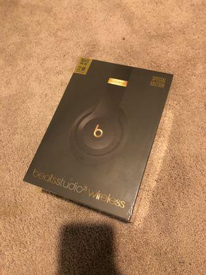 beats studio3 wireless headphones for Sale in Burtonsville, MD