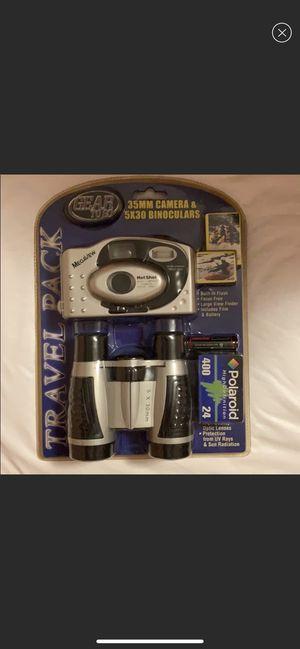Vintage camera and binoculars set for Sale in Norfolk, VA