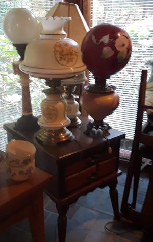 Antiques table lamps for Sale in Stamford, NY