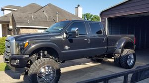 """2015 Ford f350 10"""" lift 4wd dually for Sale in OLD RVR-WNFRE, TX"""