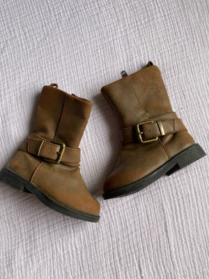 Baby girl boots 4c for Sale in Los Angeles, CA