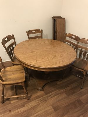 $180 O.B.O. antique large table 8 chairs... Mesa antigua grande con 8 sillas!!! for Sale in Phoenix, AZ