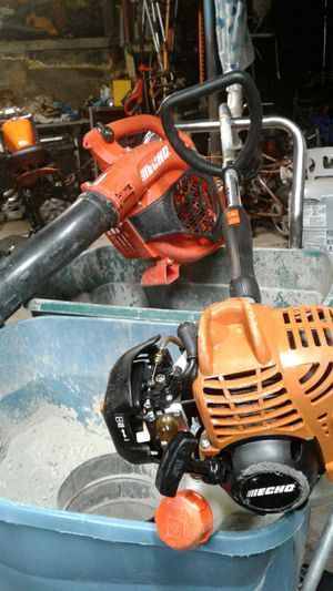 Echo gt-225 weed eater curved shaft and Blower Echo both save money for Sale in Kansas City, KS