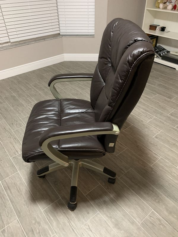 Brown Office Chair For Sale In Clearwater Fl Offerup