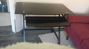 Desk Computer Table Glass Like New for Sale in Diamond Bar, CA