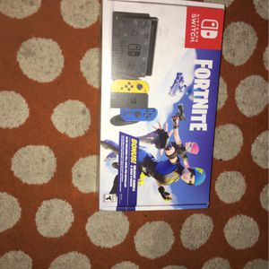 Fortnite wildcat Eddition and Nintendo switch for Sale in Aloha, OR