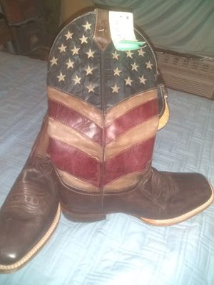 Size 8 Roper cowboy boots for Sale in Las Vegas, NV