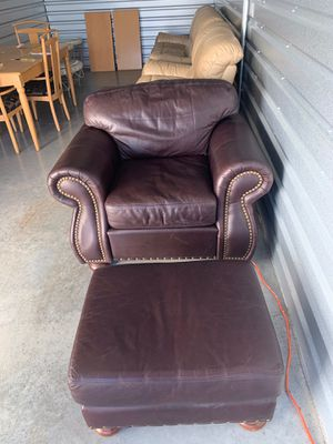 Gorgeous Super Soft Legacy Leather Oversized Chair & Ottoman for Sale in Naples, FL