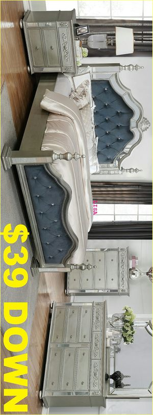 Special Item Brand New Nuevo 4 Piece(Bed Frame-Dresser- Mirror-Nightstand)Queen Size Sterling Silver Mirrored Poster Bedroom Set. King Size Available for Sale in Houston, TX