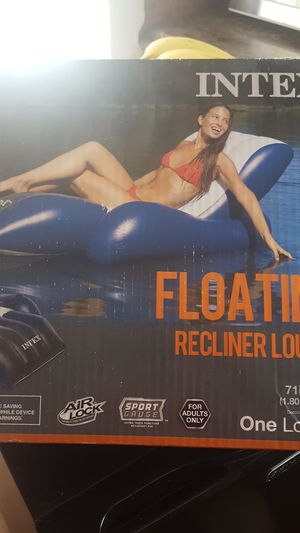 Intex Float (pending) for Sale in Tacoma, WA