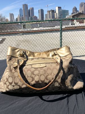 Authentic Coach signature handbag for Sale in Dallas, TX