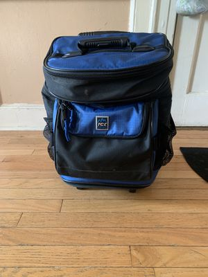 TCL BACKPACK COOLER for Sale in Brooklyn, NY