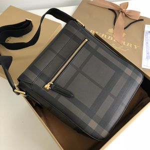 Burberry messenger bags for Sale in New York, NY