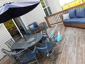 Patio Set (Table & 6 Chairs) for Sale in Fort Washington, MD