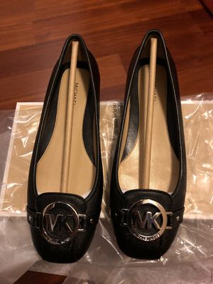 Michael Kors Black Leather Flats *Brand New Size 6 for Sale in Chicago, IL