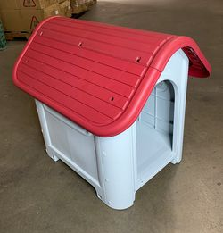 $45 New in box plastic dog house water resistant dog kennel for medium sized pets all weather 30x23x26 inches for Sale in Whittier,  CA