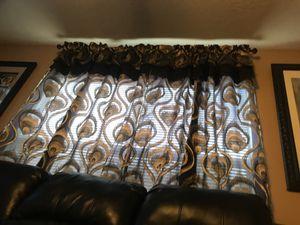 Vendo hermosas cortinas negras con dorado for Sale in Channelview, TX