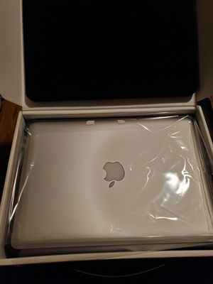 APPLE MACBOOK PRO MINT CONDITION LIKE NEW for Sale in Vernon, CA