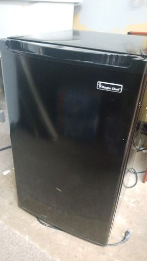 Great garage fridge or house mini fridge for Sale in Neenah, WI