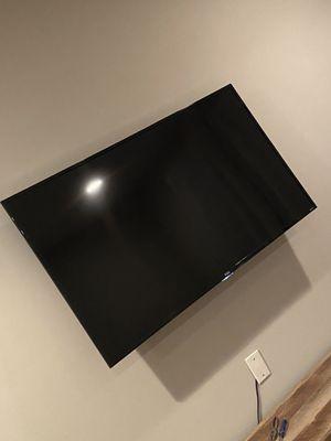 "TCL Roku smart TV ""55 inch for Sale in Philadelphia, PA"