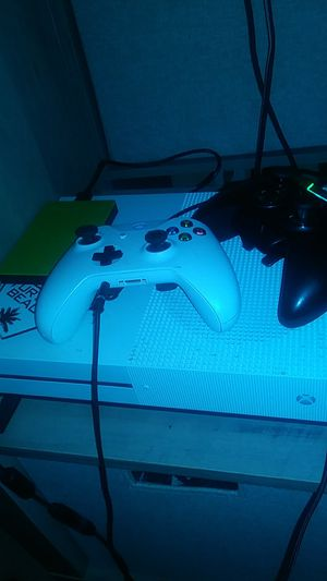 Xbox One S with a 2 terabyte hard drive 1 normal xb controller and a Razer wolverine controller for Sale in Waseca, MN