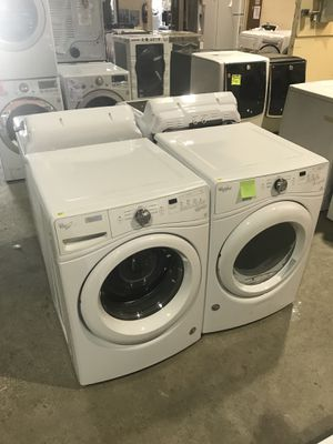 CLEARANCE Brand new whirlpool white washer and dryer for Sale in Houston, TX