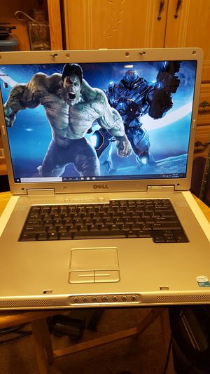 """Dell Inspiron 17"""" Laptop for Sale in Richland, WA"""