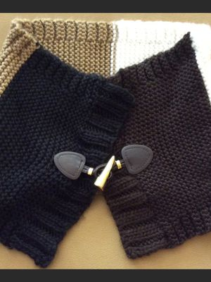 Michael Kors Neck Warmer Scarf for Sale in Frederick, MD