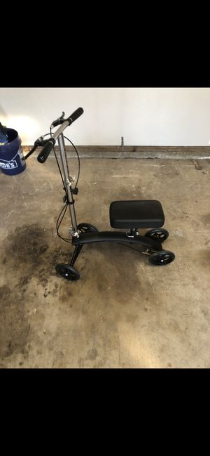 Knee scooter 🛴 for Sale in Whittier, CA