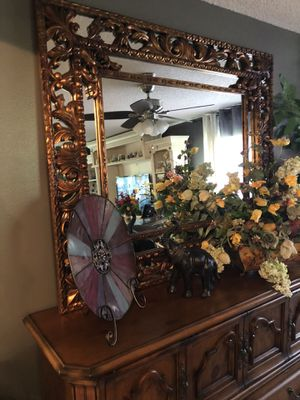 Beautiful extra large gold mirror!! for Sale in Orlando, FL