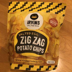 Irvins Salted Egg Zig Zag Potato Chips (105g) for Sale in Walnut Creek, CA