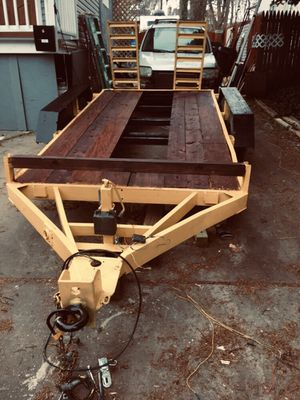 Two axle towing trailer like new for Sale in Pikesville, MD