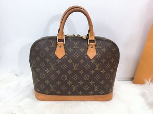 100% Authentic Louis Vuitton Monogram Alma with Dust Bag for Sale in Waukesha, WI