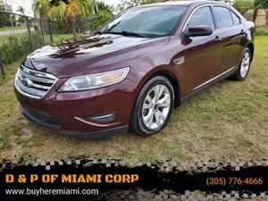 2011 Ford Taurus for Sale in Miami, FL