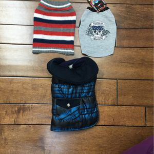 NWT - Size XS DOG 🐶/ Pet Puffer coat , Sweater And Tank Top For Fall / Winter for Sale in Santa Ana, CA