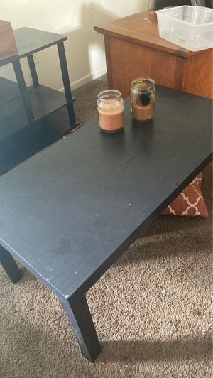 BLACK COFFEE TABLE MUST GO TODAY for Sale in Columbus, OH