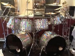 Nine piece custom finish drum set drums only no hardware or symbols for Sale in Bristol, CT