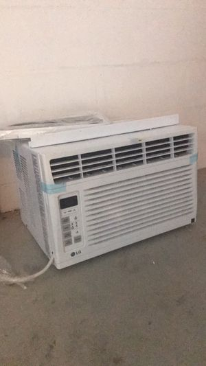 Brand new Window AC unit 6000 BTU for Sale in Brandon, FL
