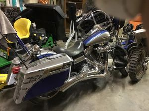2009 Dyna Superglide. With a lot of add on s.under 10,000 miles.like new for Sale in Odessa, TX
