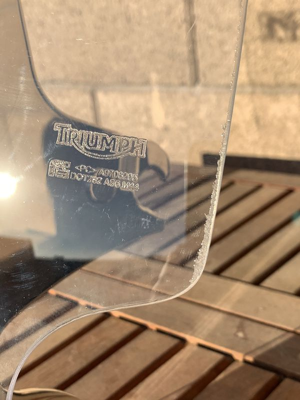 Triumph motorcycle windshield with mount