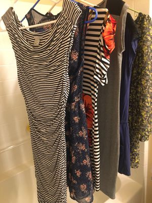Women clothes/dresses size S-M (6 items) for Sale in Auburn, WA