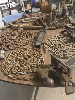 //Change /Hitches/Hooks/Binders for Sale in Ringwood,  IL