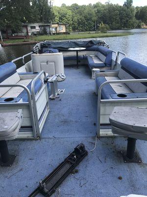 24 ft Pontoon Boat for Sale in Bremen, GA