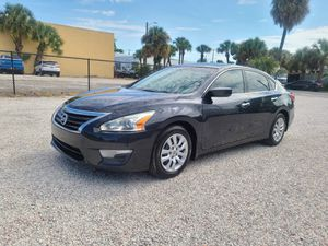 Nissan Altima 2013 good condition everything works perfect drive for Sale in West Palm Beach, FL